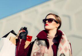 10 Ordinary Women's Fashion Statements That Men Find Sexy